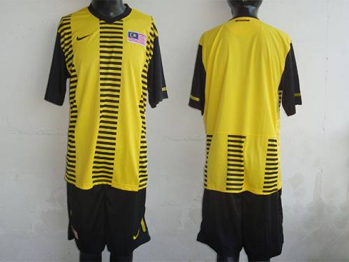 Malaysia Blank Yellow 2011/2012 Home Soccer Country Jersey